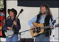 Picture of McIntosh & McGovern performing
